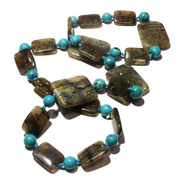 04_collana-lunga-in-labradorite-e-turchesi-naturali